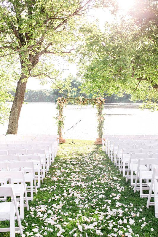 Indian Trail Club Outdoor Ceremony Nj Waterfront Venue Wedding Photo By Idalia Photography