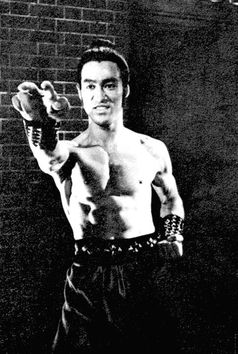 Pin De Wanderson Eduardo Homan Em Bruce Lee Eterno Bruce Lee