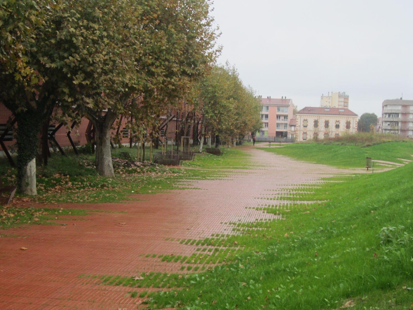 Flexbrick jardin niel toulouse france by agence for Agence de paysage toulouse