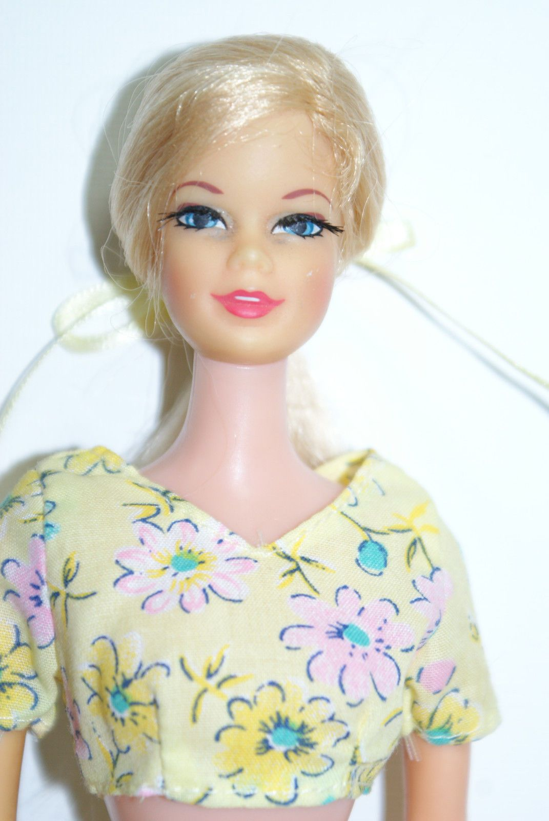 1968 platinum blond long hair right side ponytail with spit curl Twist N Turn Stacey Doll in OSS with TNT waist Mattel 1165 Barbie - British Mod - Era GORGEOUS!