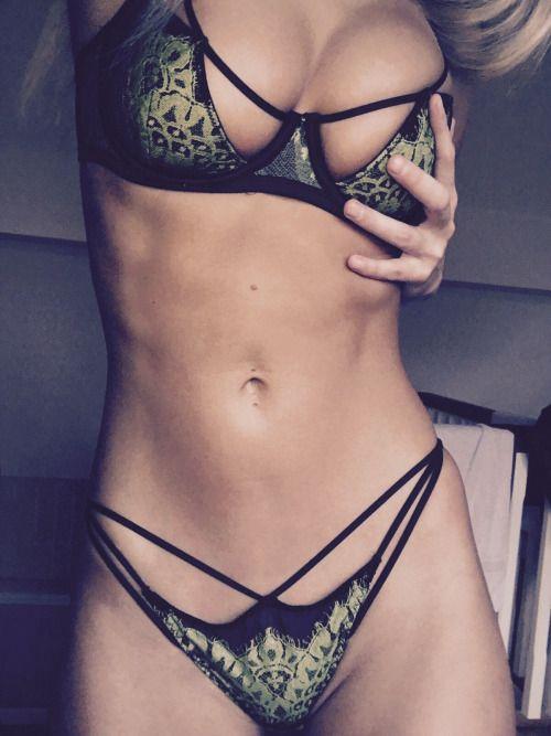 Hot Sex & Lingerie