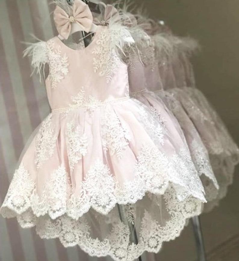 Laila Kleid, Licht/Pastell rosa Kleid mit hohen niedrigen ...