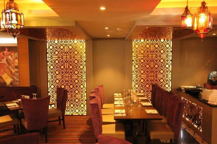 Indian restaurant design google search indian table restaurant pinterest for Small indian restaurant interior design