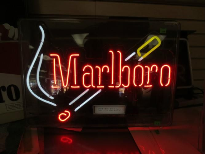 Marlboro neon sign (With images) | Neon signs, Man cave
