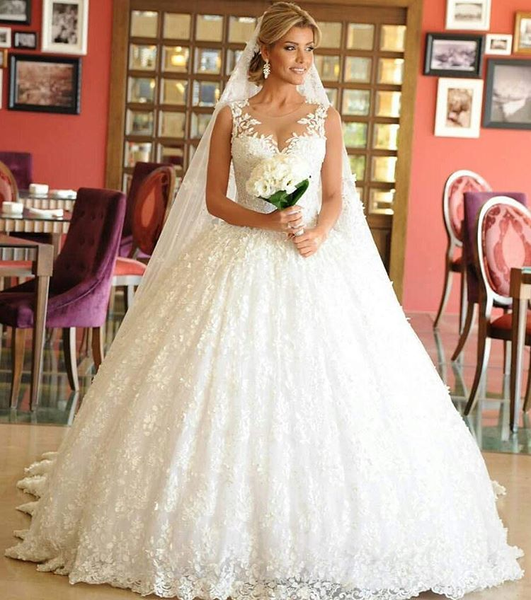 Designer Wedding Gowns For Less: Traditional Brides Will Love This Ball Gown Style Wedding