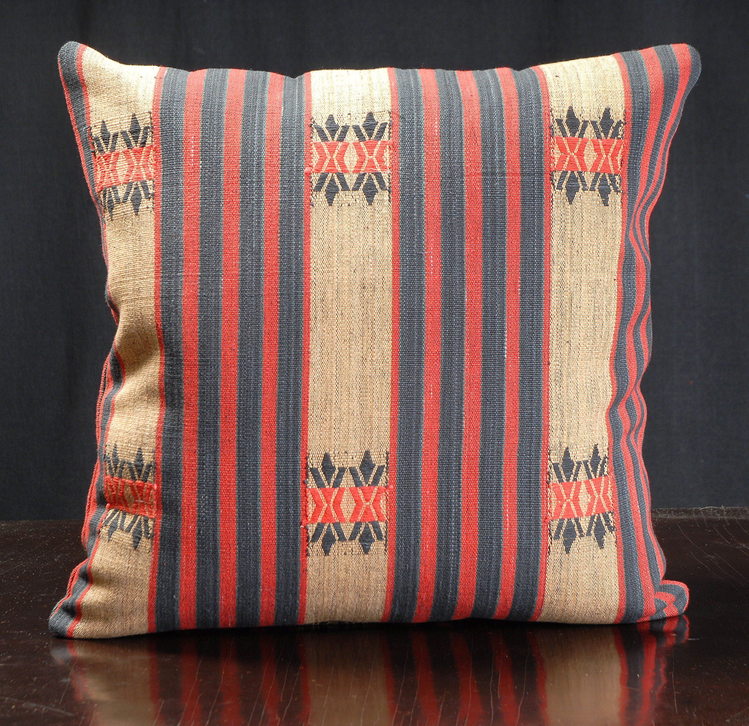 Home decor 18 x 18 inch decorative throw pillow traditional Naga ...