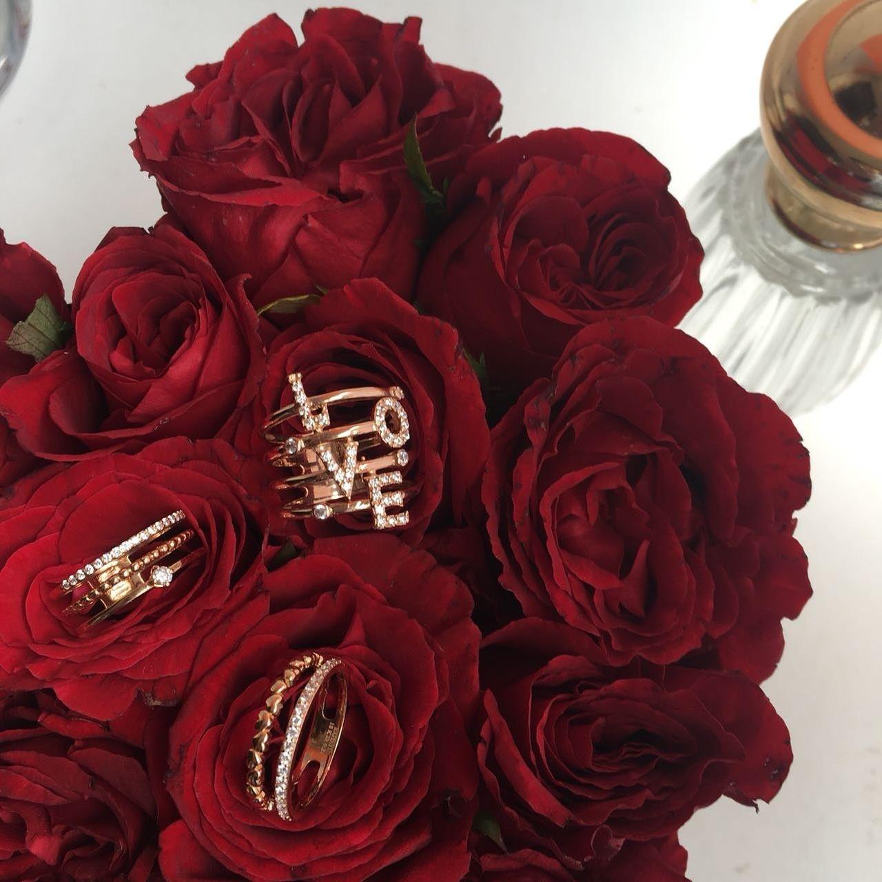 Comme Une Fleur Qui Eclot Les Bijoux Rafinity Mettront A La Lumiere