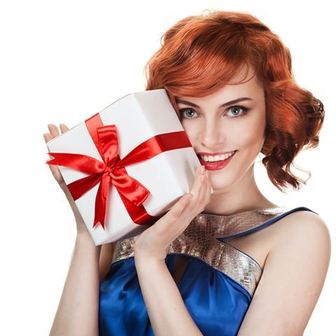 We LOVE a good mystery! Get an #elfbirthday Mystery Party Favor with any 25+ purchase on eyeslipsface.com with the code MYSTERY through 7/25!