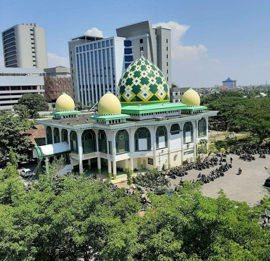 Masjid Umi Umar Bin Khatab Makassar South Sulawesi Indonesia South Sulawesi Makassar Masjid