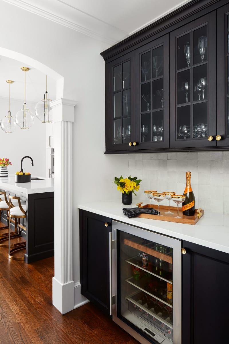 Modern Black And White Chicago Kitchen Renovation