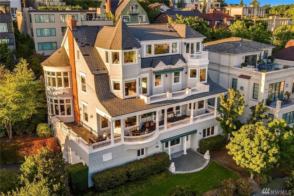 C 1900 Victorian Located At 153 Highland Dr Seattle Wa 98109 Mansions Seattle Homes Shingle Style Homes