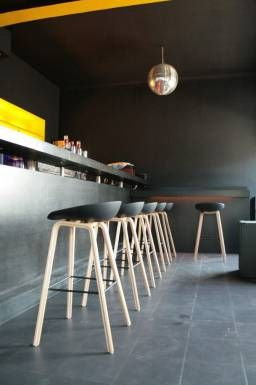 hay tabourets de bar 39 about a stool 39 aas32 et aas33 equipement pinterest tabouret. Black Bedroom Furniture Sets. Home Design Ideas