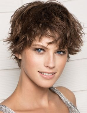 Pin By Emery Lamb On Hair Styles Short Hair Styles Messy Short Hair Hair Styles