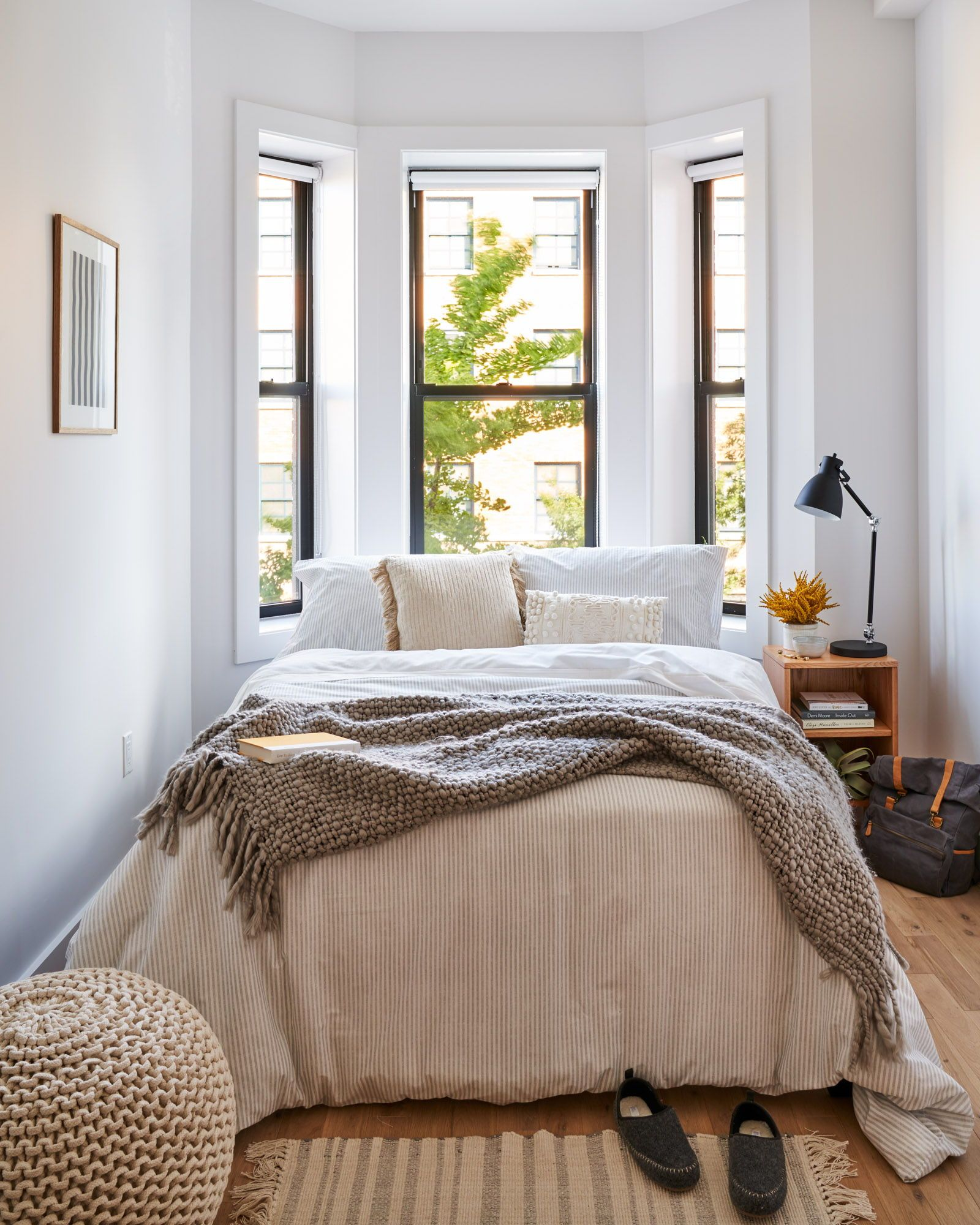 Cozy, simple, warm apartment Beautifully decorated