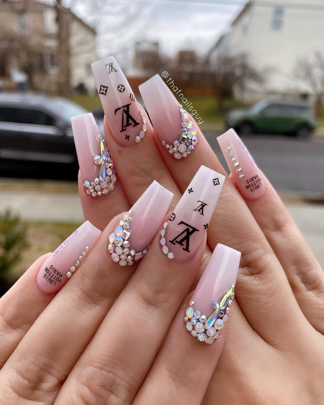 Nails By Andy Sam On Instagram Louis Vuitton Vibes Cute Louis Vui In 2020 Louis Vuitton Nails Gucci Nails Luxury Nails