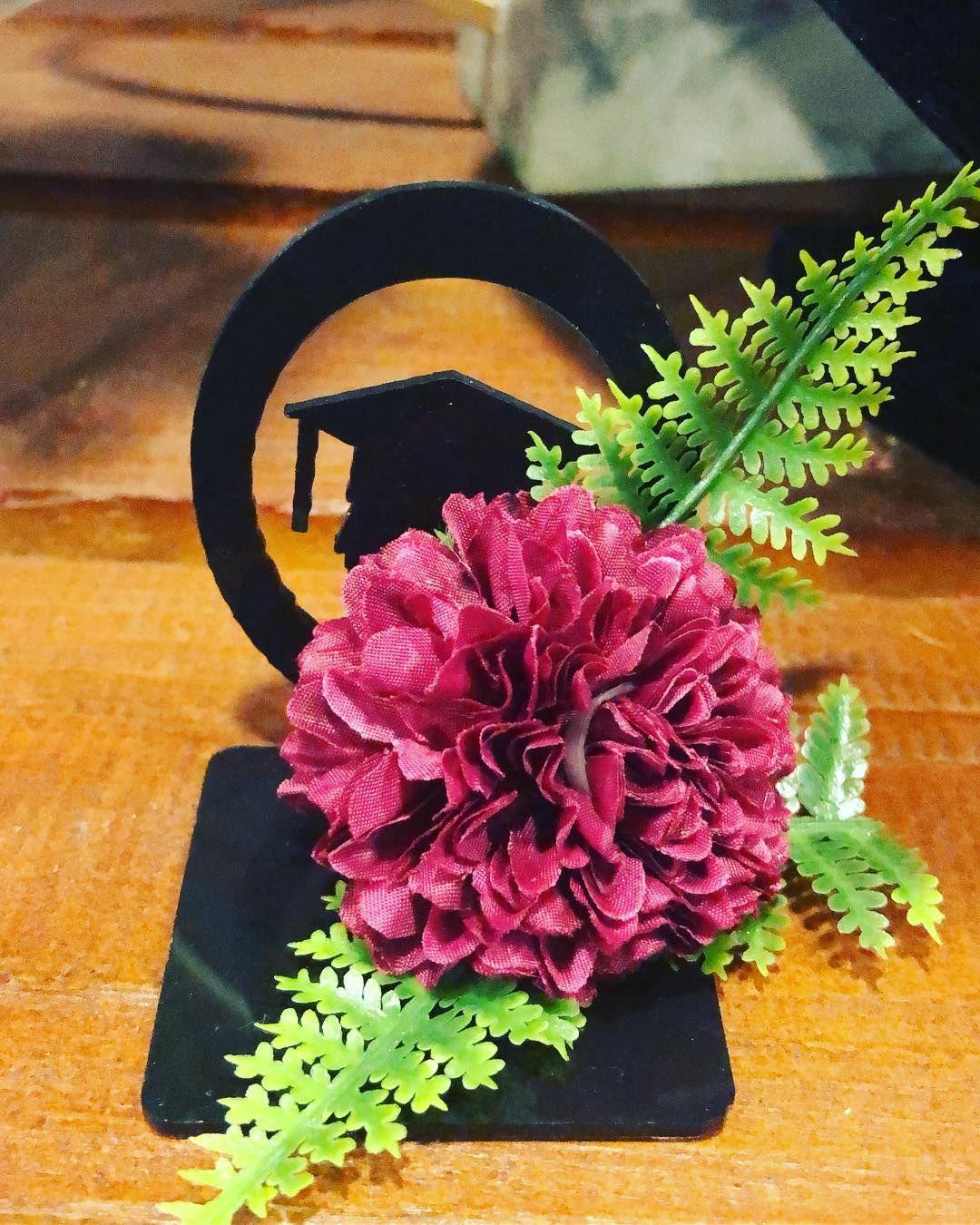 محل ورود بالرياض يوصل المنازل محل عقد الزهور 0582613805 محل ورد بالرياض رخيص محل ورد في الرياض محلات ورود بالرياض أفضل محلات ور Floral Wreath Floral Wreaths