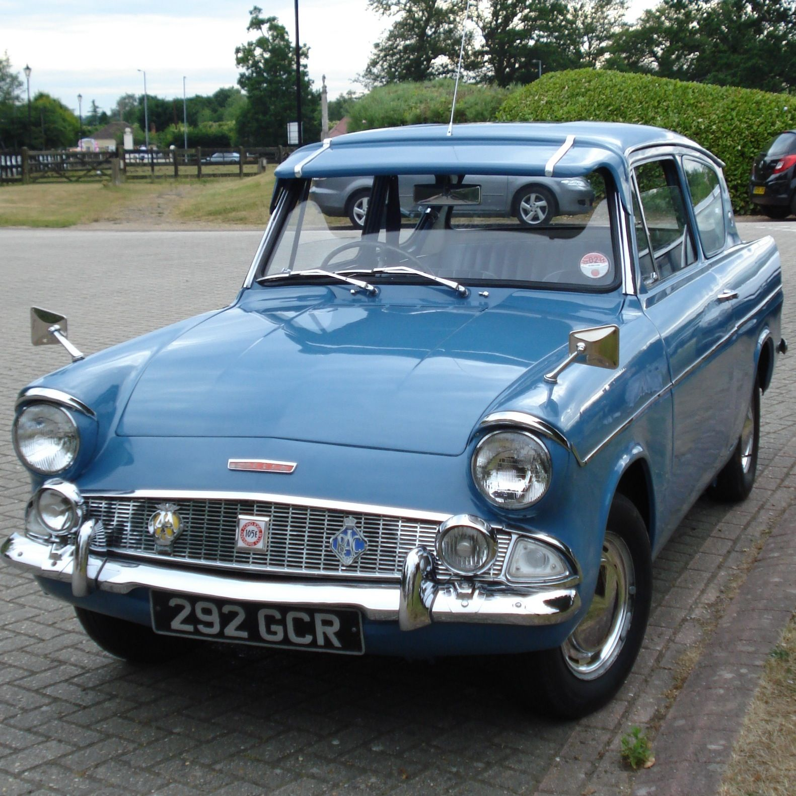 Thumbnail For Version As Of 07 00 7 July 2010 Ford Anglia Ford
