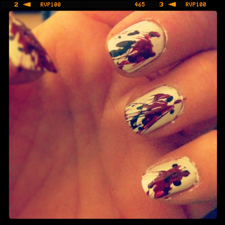 Halloween nails, blood splatter