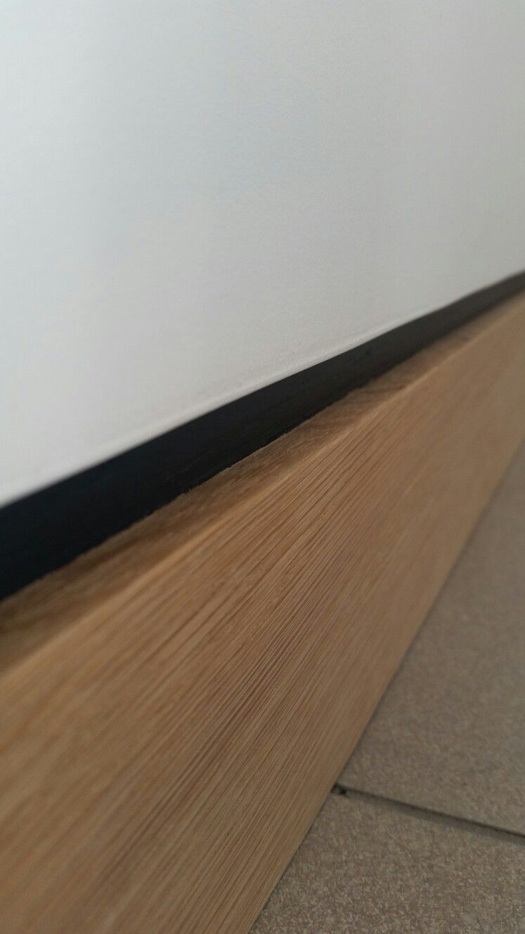 Shadow Gap Staircase Lighting: Oak Skirting With Dark Grey Shadow Gap