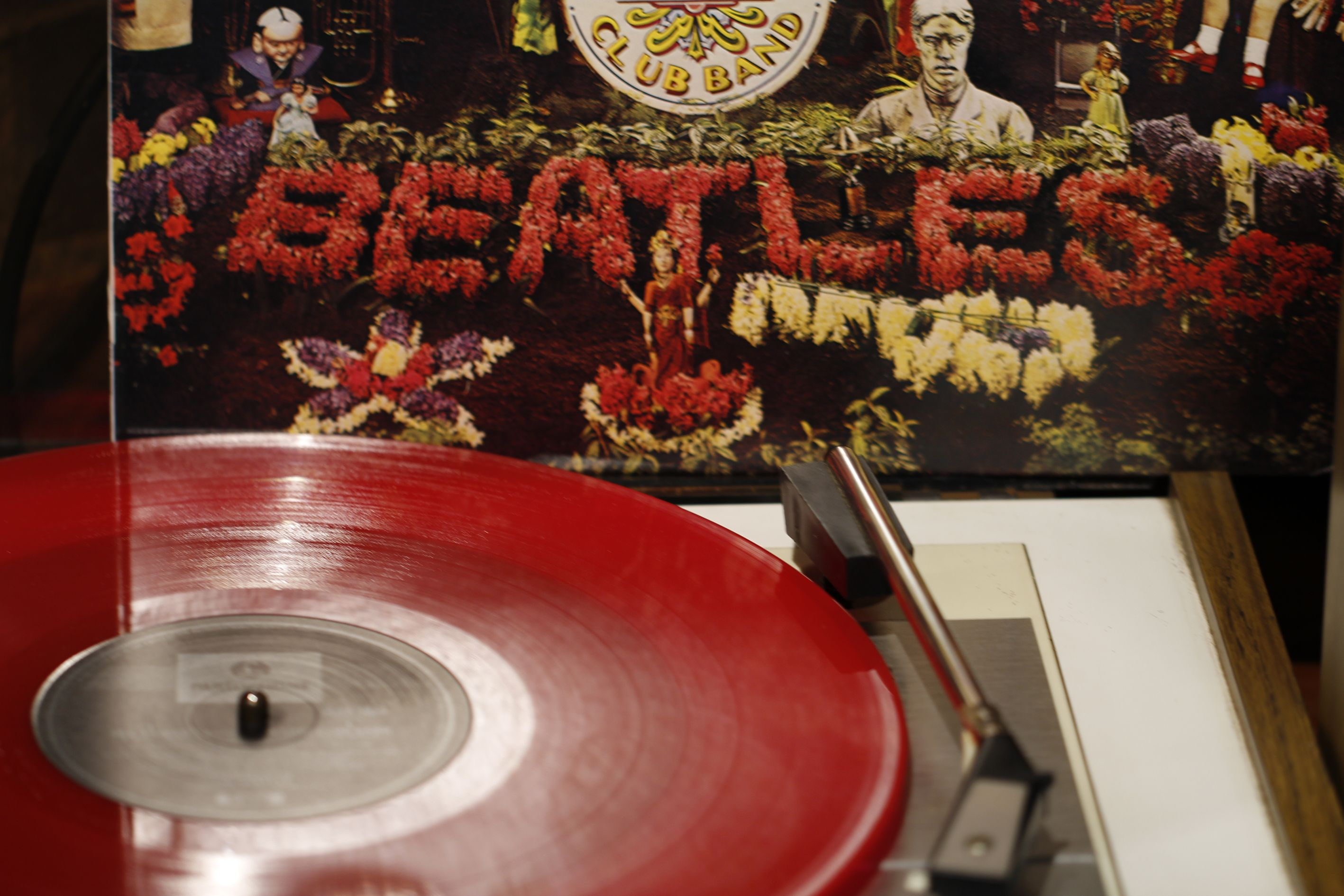 Special Edition Red Vinyl Beatles Sgt Pepper S Lonely Hearts Club Band Lp Record From Retr Beatles Sgt Pepper Sgt Peppers Lonely Hearts Club Band Lonely Heart