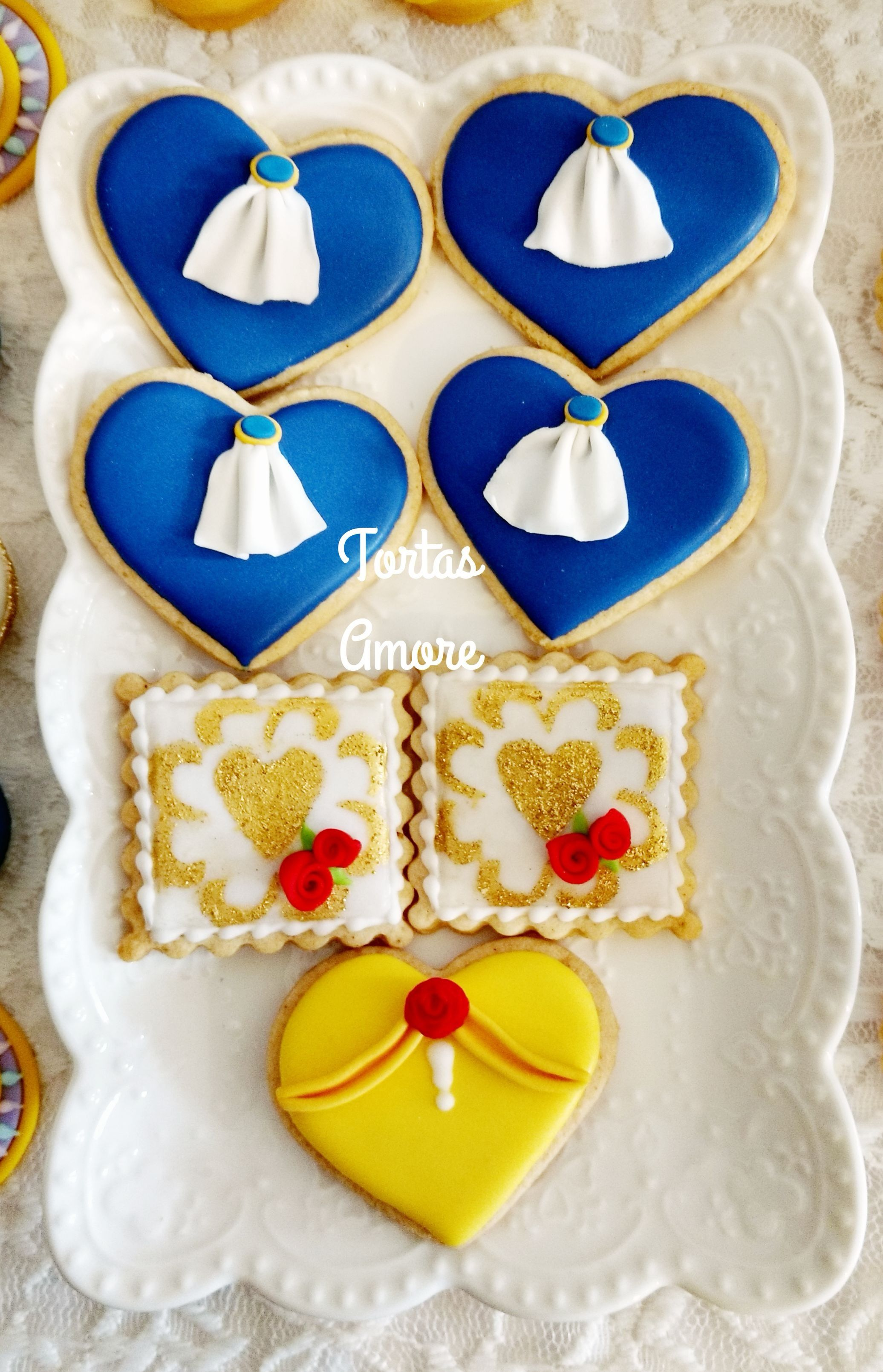 Galletas Decoradas De Princesas Galletas La Bella Y La Bestia Princesas Y Hadas