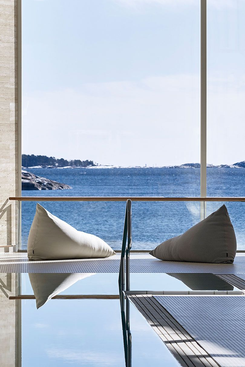 My u roo lounge chairs designed by ulla koskinen woodnotes