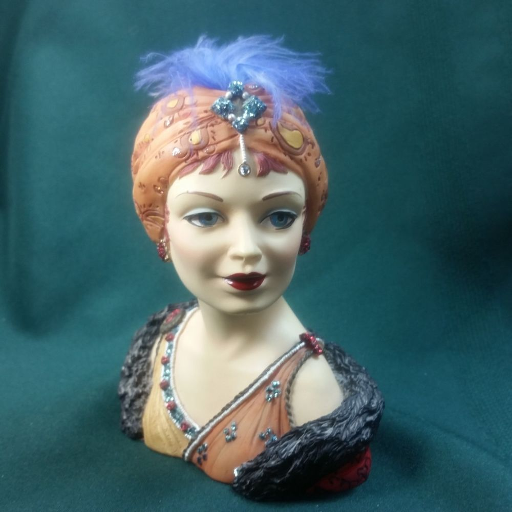 Details about cameo girl head vase sasha 1910 joie de vivre 2001 cameo girl head vase sasha 1910 joie de vivre 2001 edition lv 035 woman figurine reviewsmspy