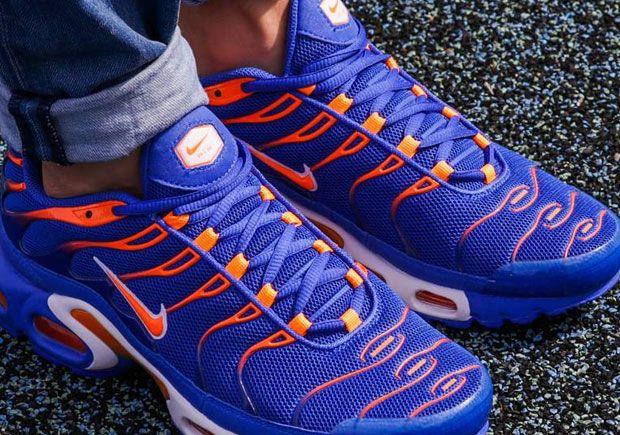 9041c8a06ade58 ... TN SNEAKERS ALL BLACK  Nike Air Max Plus - SneakerNews.com ...