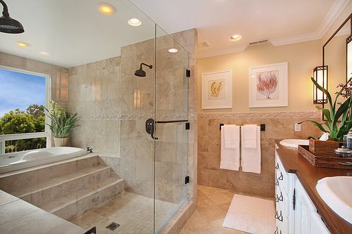 Love the steps leading up to this bathtub! | Bathrooms | Pinterest ...