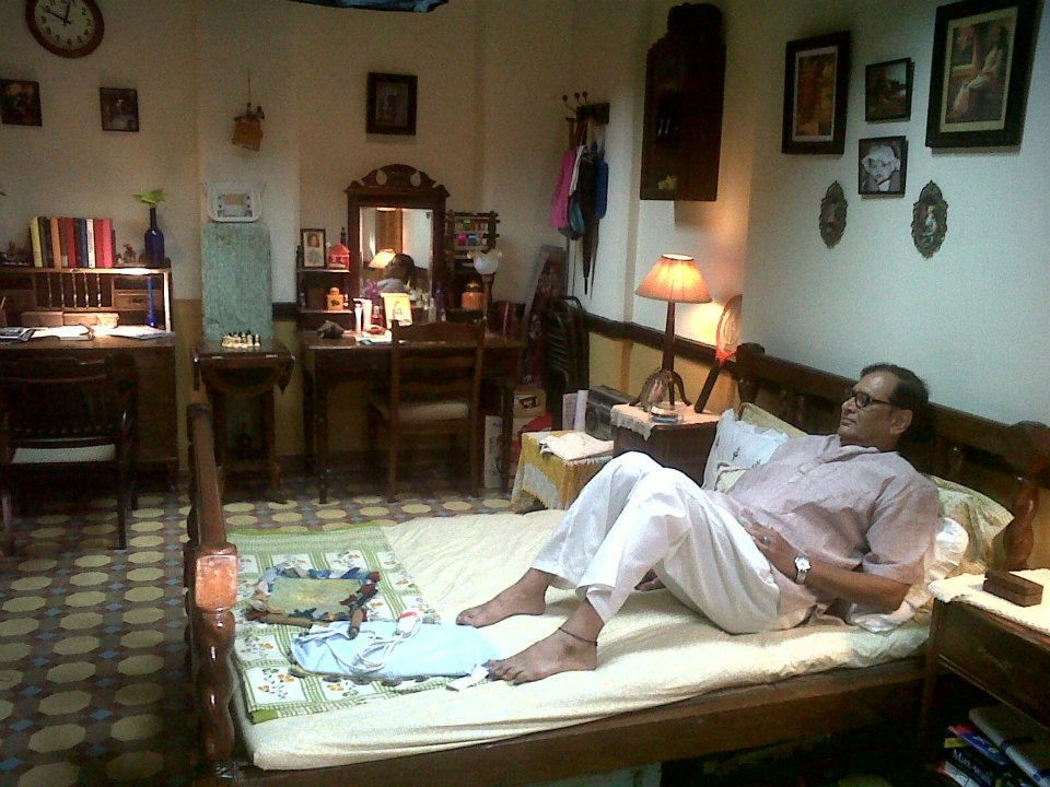 Indian Middle Class Bedroom Organized Clutter Wood Furniture Traditional Style Designed