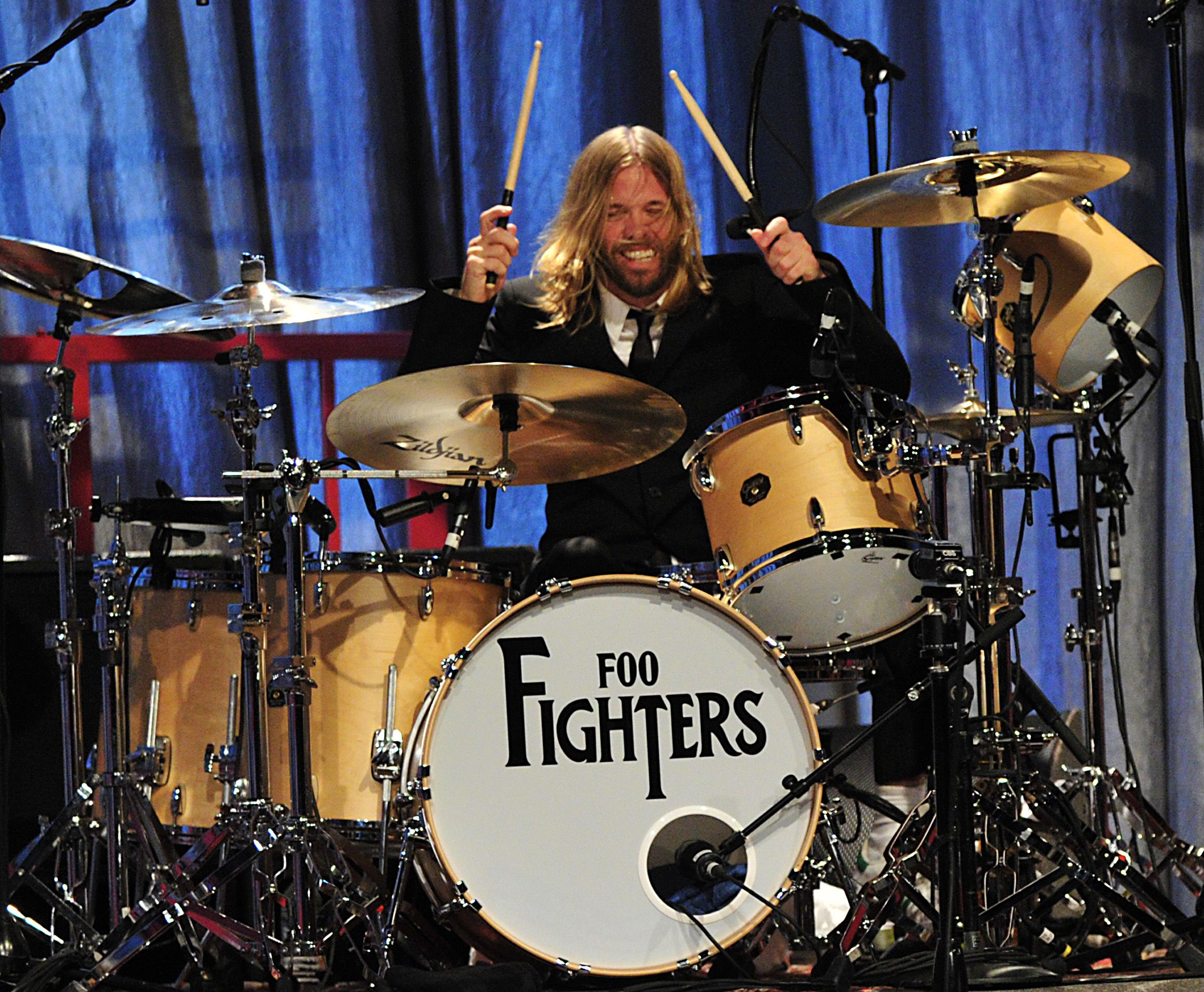Ah Taylor Hawkins. Check him out in the Everlong video - dressed as a woman, asleep in bed, only to suddenly awake and reveal under the covers ... a drum kit. No1 singing drummer in drag (although this is probably a fairly niche claim to fame ...)