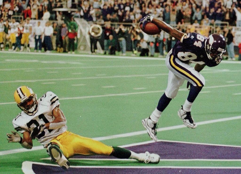 Legendary Randy Moss goat throwback football Nfl