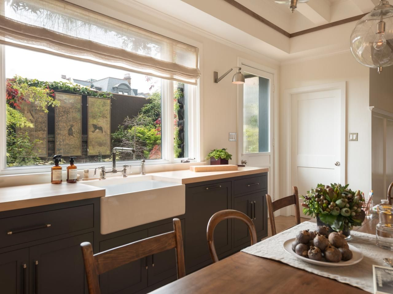 Kitchen Window Pictures: The Best Options, Styles & Ideas | Deco