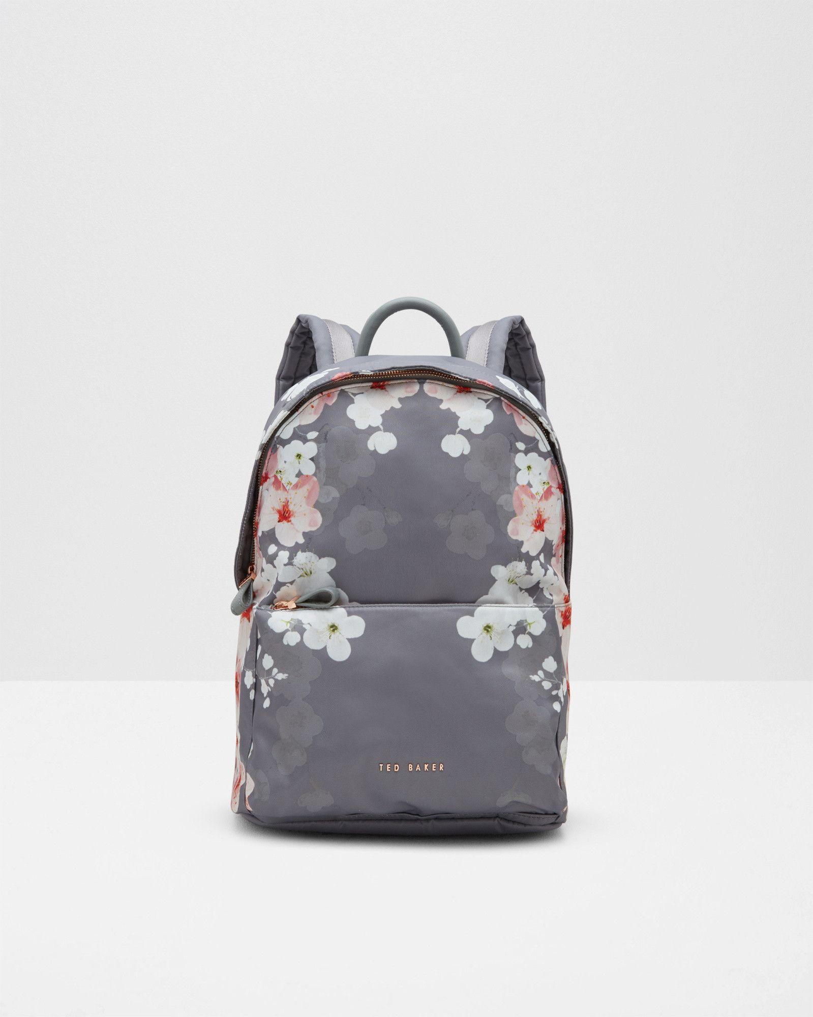 nylon rucksack mit oriental blossom print hellgrau. Black Bedroom Furniture Sets. Home Design Ideas