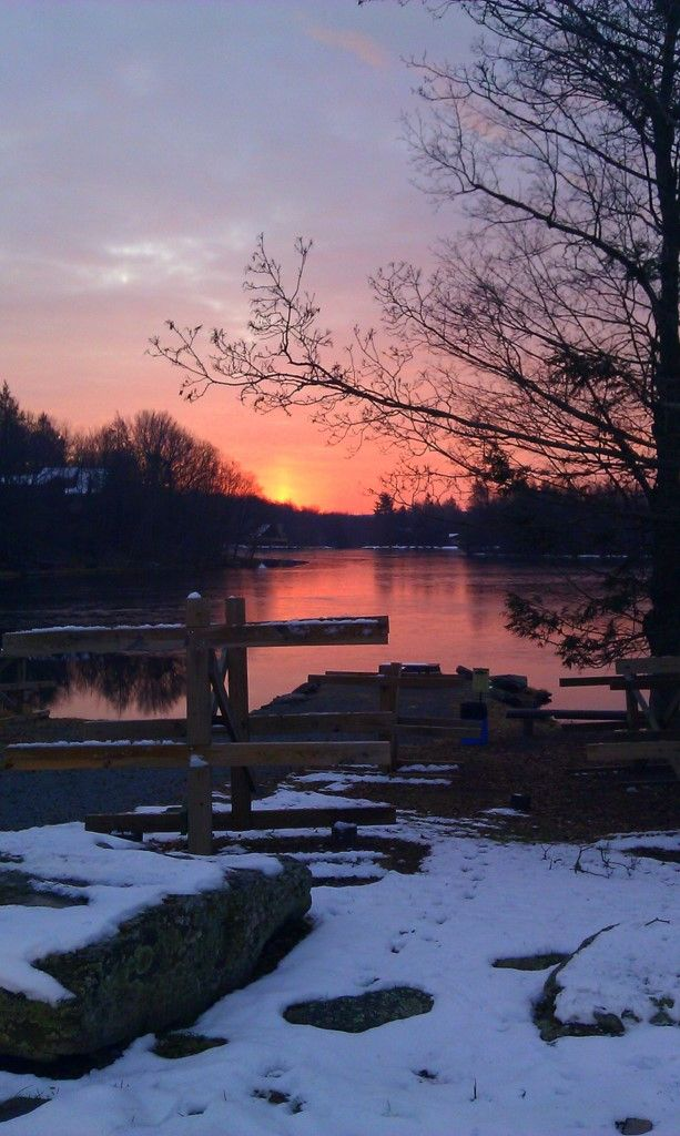 Our destination has been set - we leave next Thursday (1/16/14) - 33 year Anniversary - Pocono Mountains......here is the sunrise in the Poconos in winter.