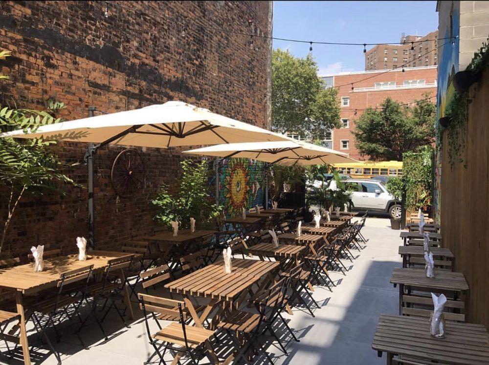 Santiago S Beer Garden New York Ny United States Beer Garden