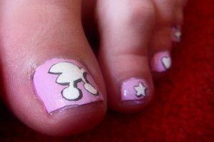 Cute Toe Nail Design » Nail Designs For You - http://www.naildesignsforyou.com/toe-nail-designs/ #toenails #toenaildesigns #nails #cutenails #cutenaildesigns #nailart #toenailart