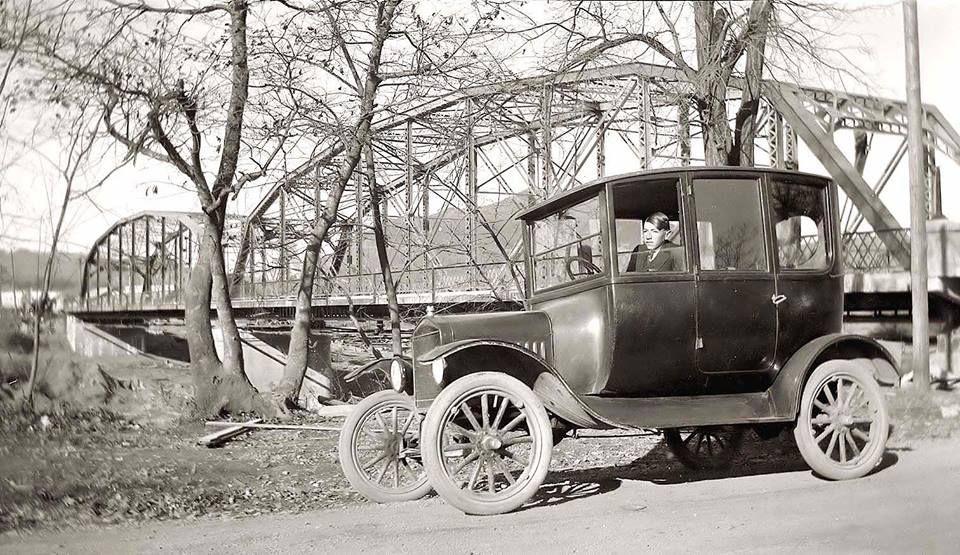 Early 20 S Model T Ford Center Door Sedan