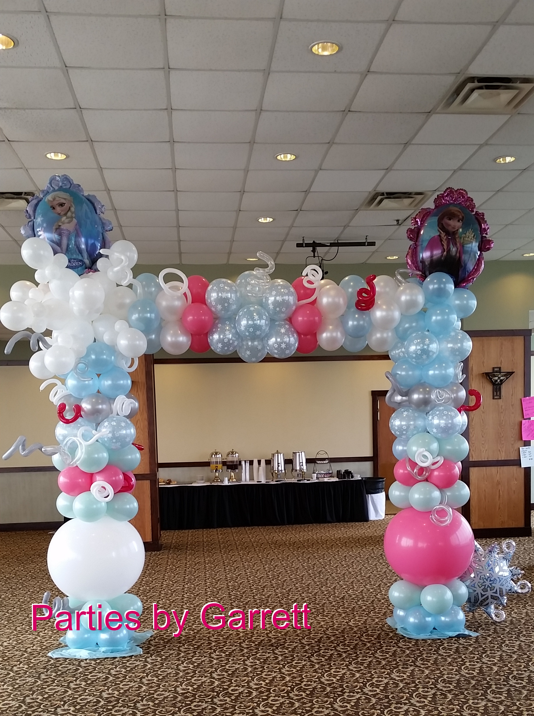Frozen balloon arch parties by garrett parties by for Balloon arch decoration ideas