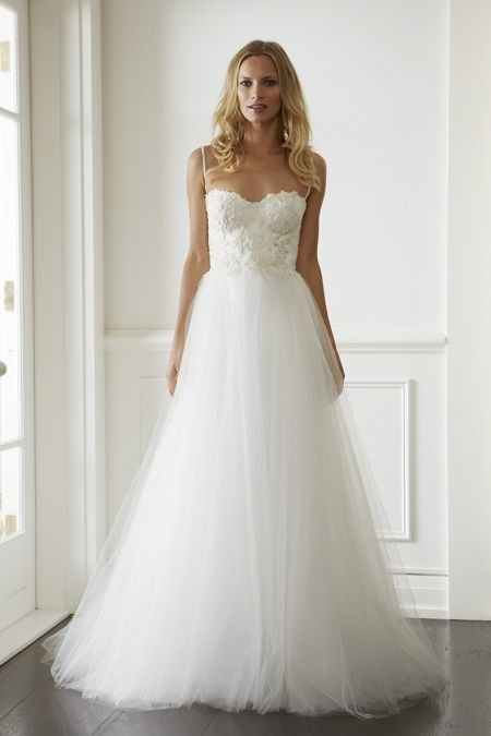 21 Ultra Tulle Wedding Dresses Modwedding