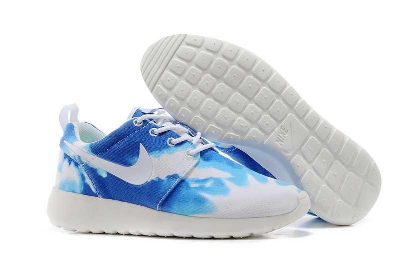 best service 0c60b cb3ef 2014 Cool Nike Roshe Run Pattern Womens Sky Blue White Oultet