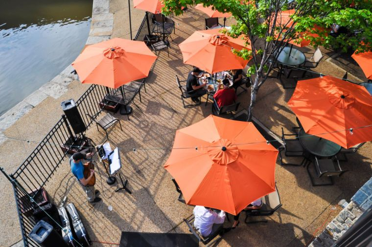 Our Guide To The Best Patios Porches And Outdoor Dining Spots Around Richmond