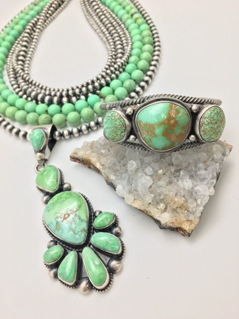Green turquoise carico lake from nevada with oxybeads mexican green turquoise carico lake from nevada with oxybeads mexican turquoise beads greenturquoise aloadofball Image collections