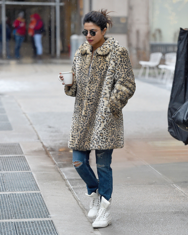 f43201334c5 Priyanka Chopra s Snow Day Boots Are a Stylish Steal