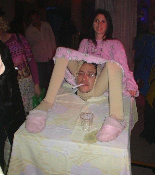 25 Bad to Tasteless Halloween Costumes #funnyhalloweencostumes