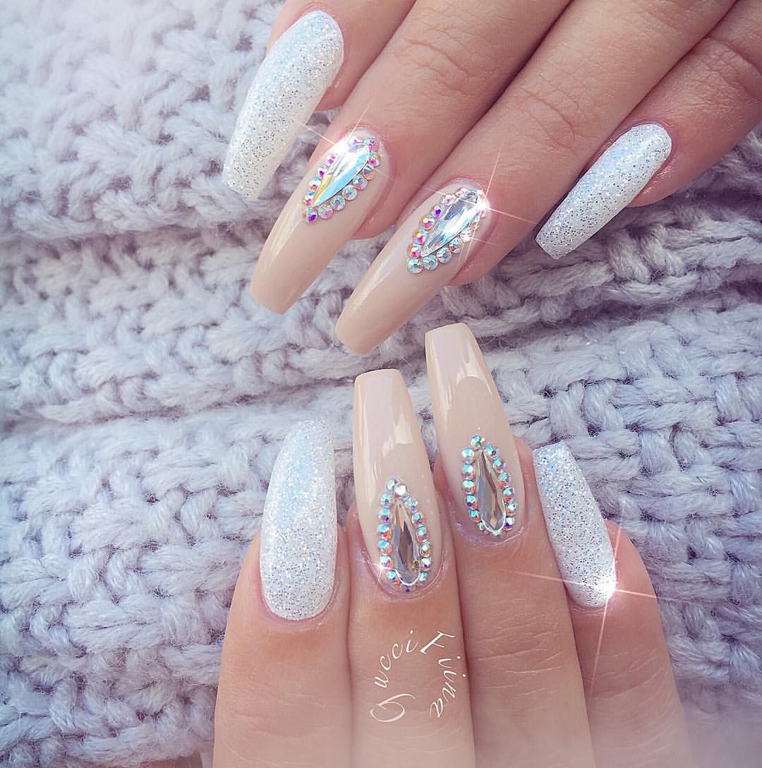 at Fiina Nail Lounge) | Nails ❤ | Pinterest | Nagelschere ...