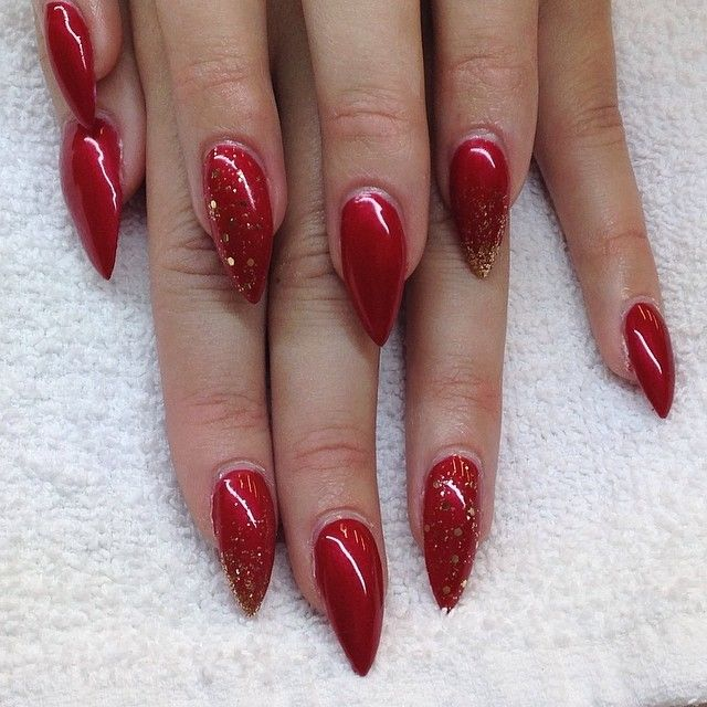 Red Stiletto Nails With Gold Glitter With Images Red Stiletto