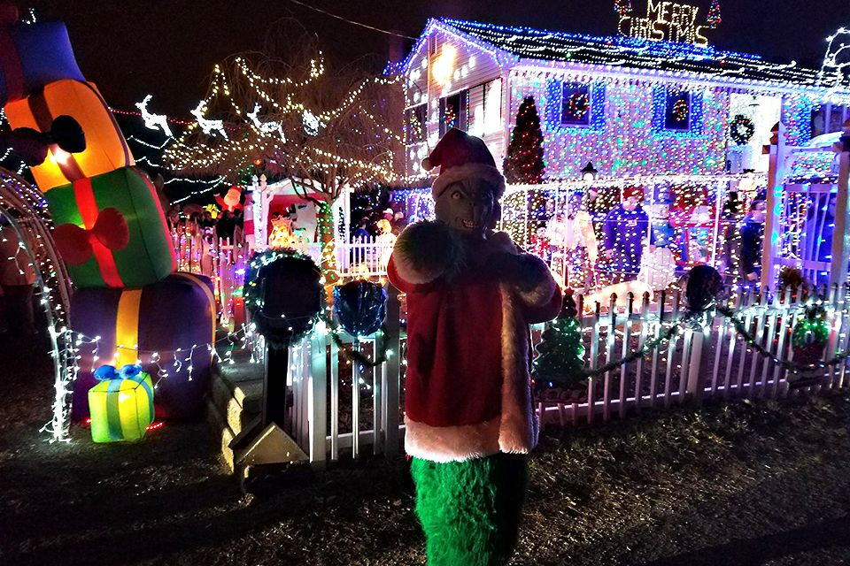 Best and Brightest Christmas Light Displays in New Jersey