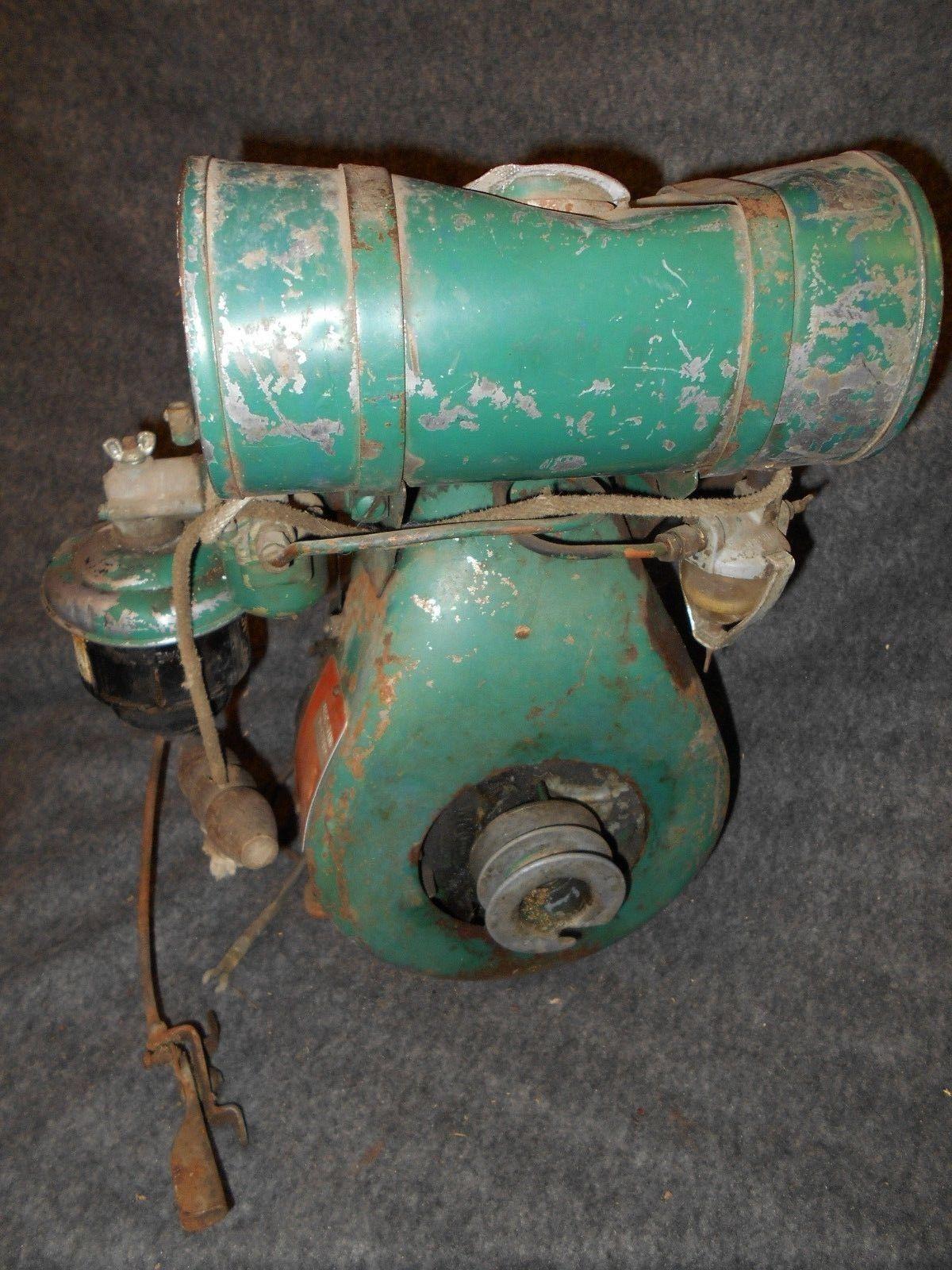 Vintage Clinton Lauson Side Shaft Gas Engine Motor Briggs