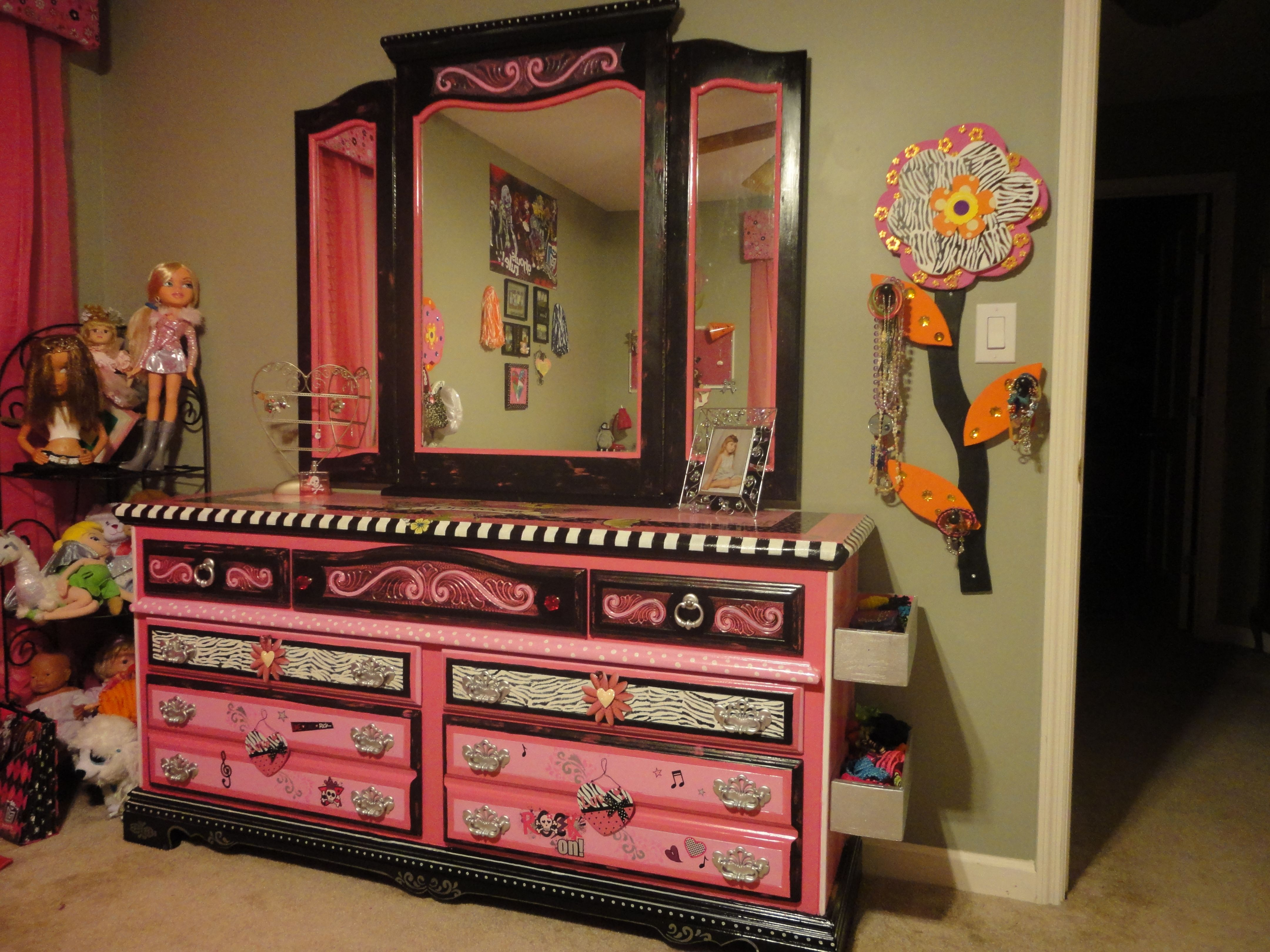 "Pink And Black ""Princess"" Dresser!"